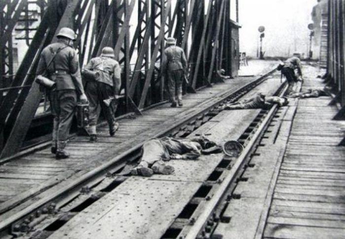 Первый день войны в Перемышле.