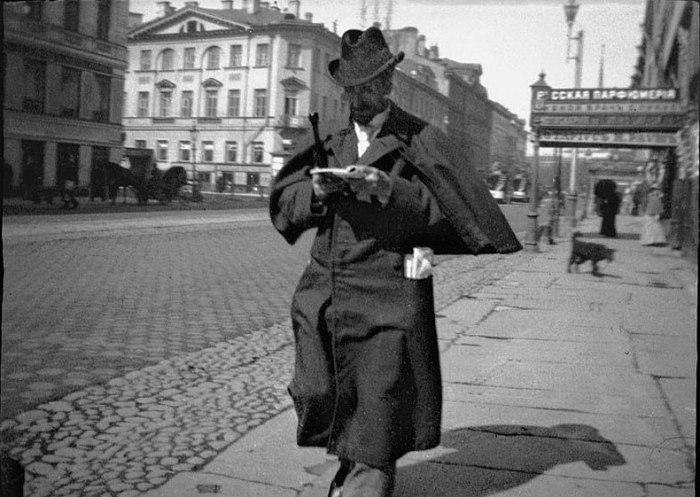Альфред Рудольфович Эберлинг на Невском проспекте. Россия, Санкт-Петербург, 1899 год.