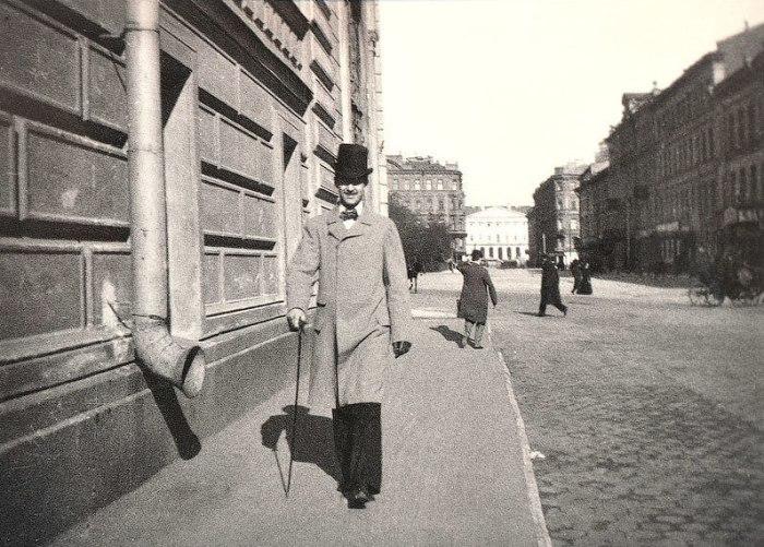Улица в Центральном районе Санкт-Петербурга. Россия, 1899 год.