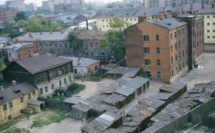 Трущобы в Таганском районе Москвы.
