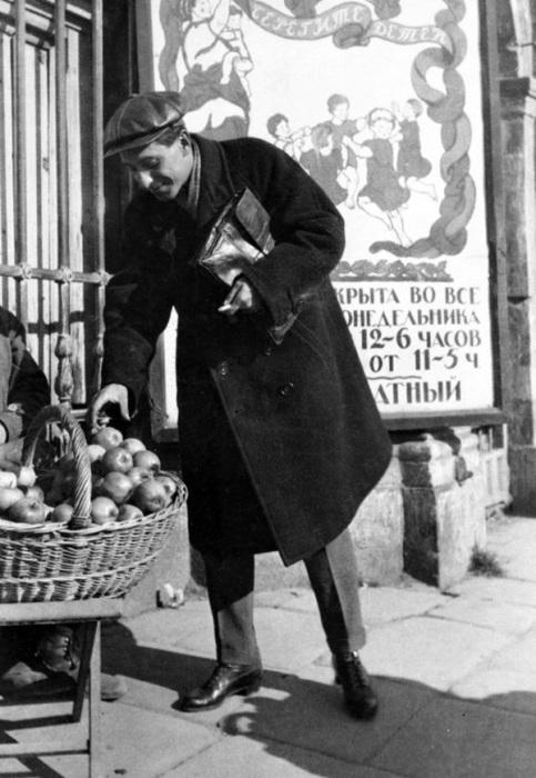 Русский писатель Михаил Зощенко, 1923 год.