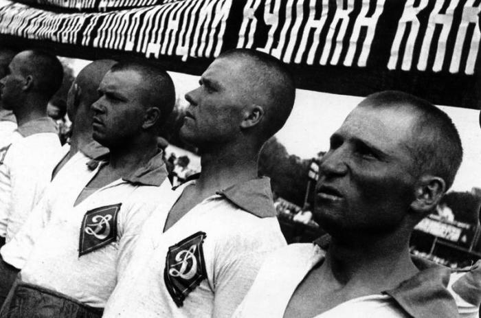 Решающий футбольный матч, 1931 год.