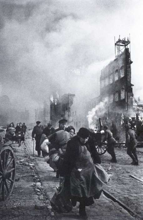 К концу Второй мировой войны большая часть города Данциг превратилась в развалины.