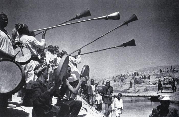 На строительстве Большого Ферганского канала, 1939 год.