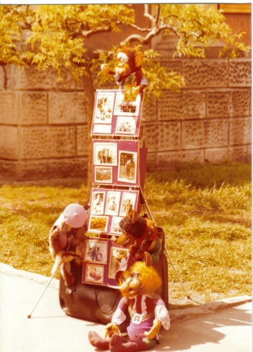 Уличное фотоателье неподалеку от Дерибасовской улицы. СССР, Одесса, 1976 год.