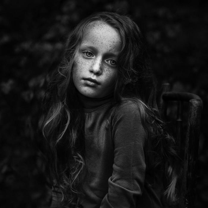 Девушка с веснушками. Автор фотографии: Камила Целари-Кмечик.