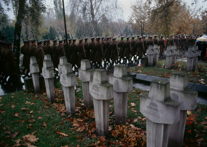 Похороны офицера на территории воинского кладбища № 388.