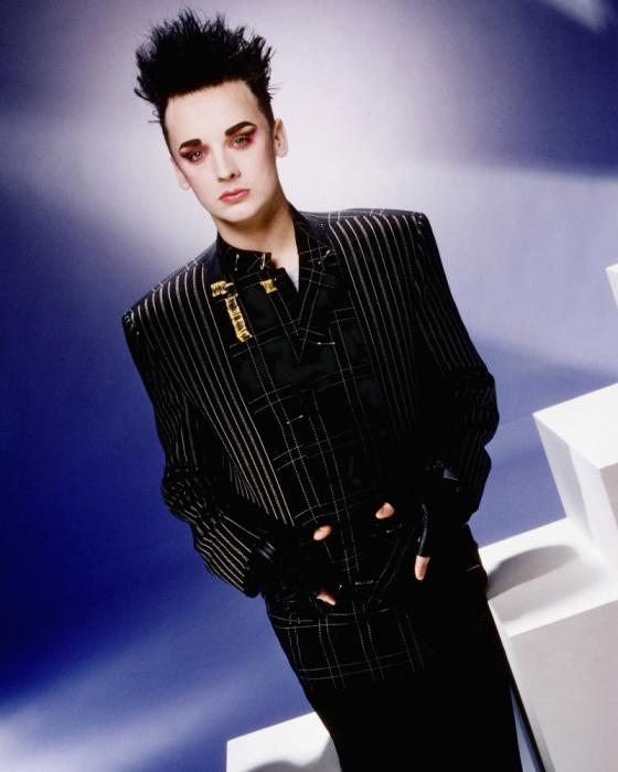Британский певец и композитор.