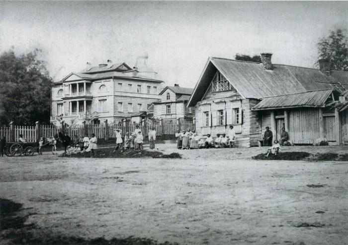 Центральная улица. Россия, село Бородино, 1867 год.