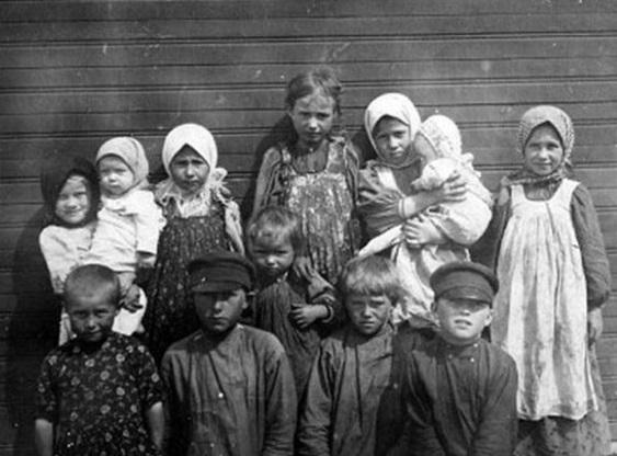 Крестьянские дети. Россия, город Ряжск, 1860-е годы.
