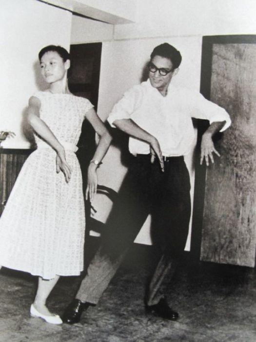 Брюс Ли танцует ча-ча-ча, 1958 год.