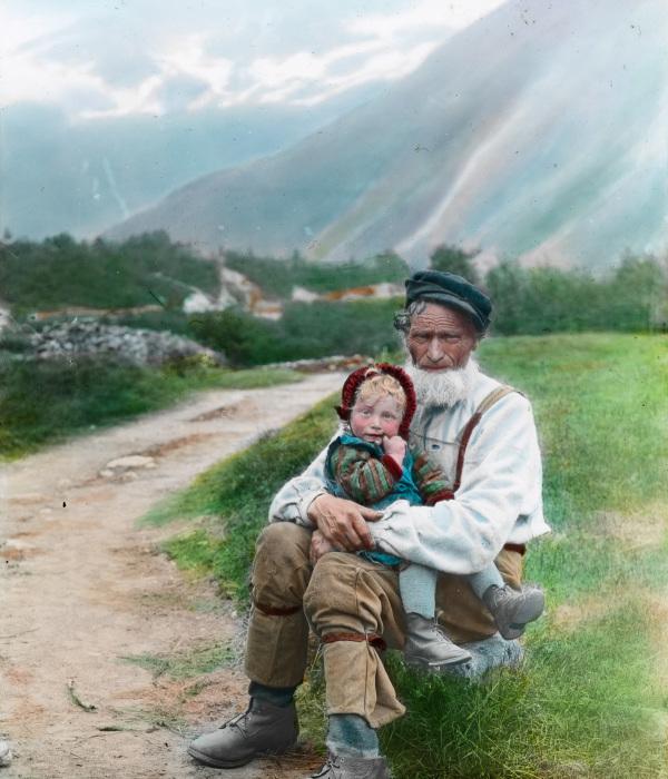 Мужчина с девочкой в Хеймсте-Холен.