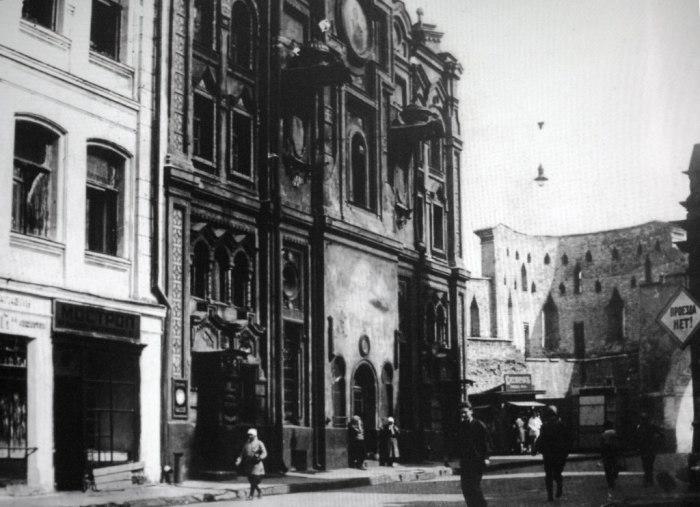 Часовня Пантелеимона Целителя у Владимирских ворот.