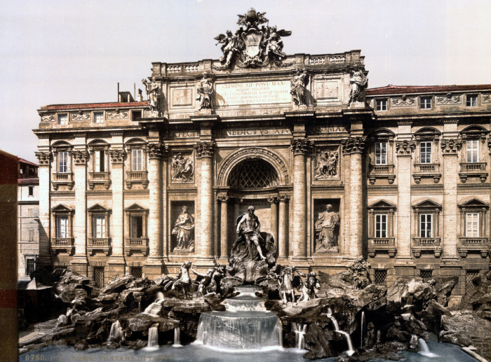 Крупнейший фонтан Рима в стиле барокко.