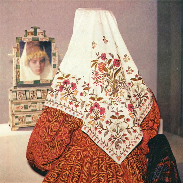 Традиционный головной убор. Новгородская губерния, 1979 год.