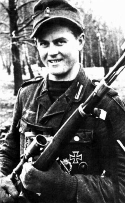 Один из самых результативных снайперов Германии.