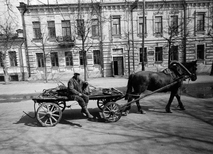 В центре города. Татарская АССР, 1969 год.