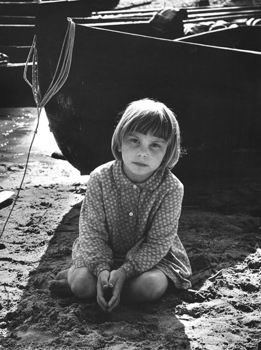 Дочь рыбака. СССР, Архангельская область, 1970 год.