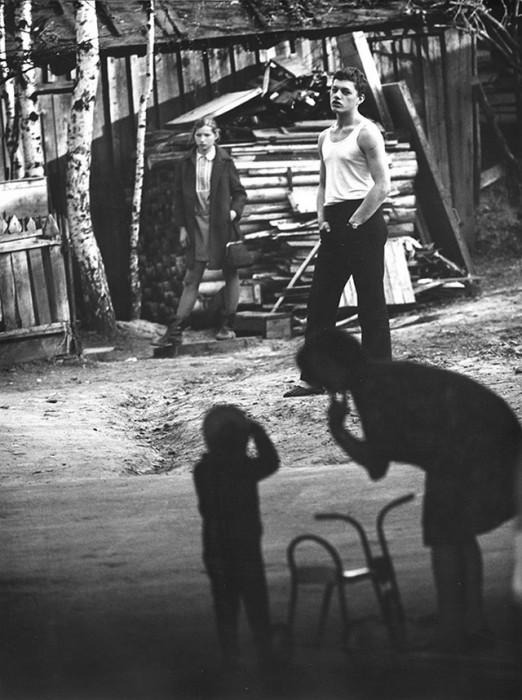 Частный двор на окраине Ярославля. СССР, 1969 год.
