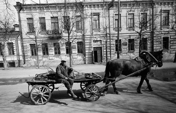 Жизнь и быт советских людей.