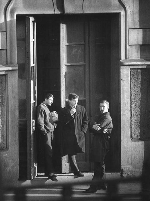 На бульваре в Таганском районе. СССР, Москва, 1962 год.
