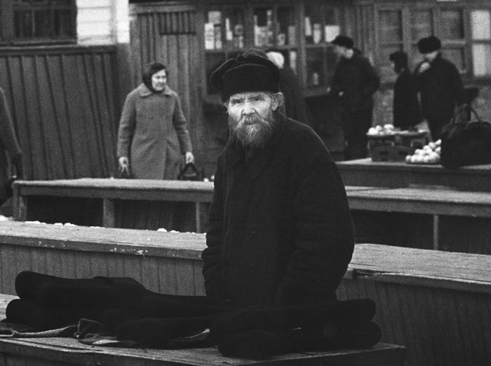 Вещевой рынок. СССР, Чебоксары, 1972 год.
