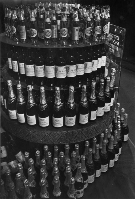 Первая партия советского шампанского. СССР, Москва, 1937 год.