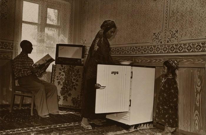 В доме колхозника Эсена Абаева, 4 сентября 1962 года.