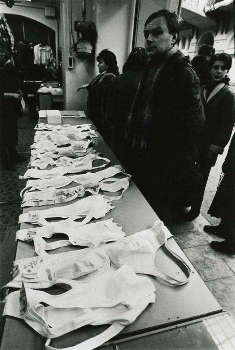 ГУМ. СССР, Москва, 1990 год. Автор фотографии: Виктор Ахломов.