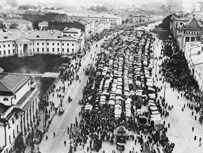 Сухаревский рынок. Москва, 1920-е годы.