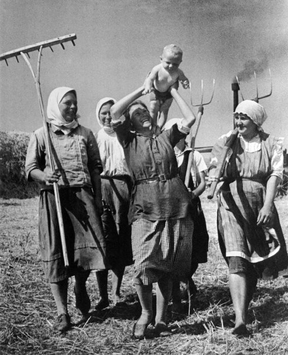 Счастливое материнство – национальный приоритет в СССР.
