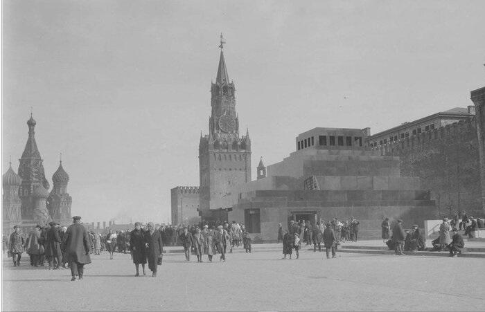 Красная площадь. СССР, Москва, 1940 год.