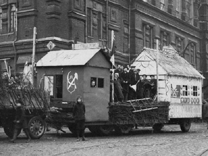 Агитационный поезд. СССР, 1930 год.