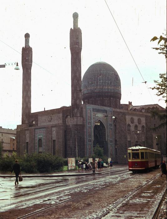 Памятник исламской культовой архитектуры.