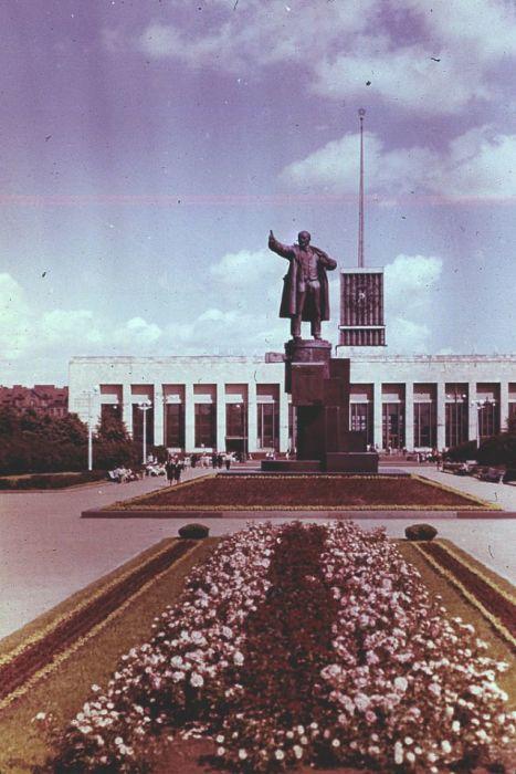 Памятник, который является одним из первых произведений монументальной скульптуры советского периода.