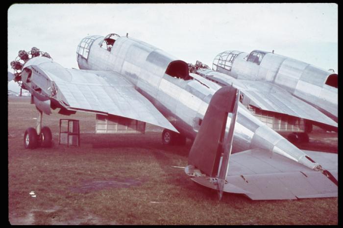 Поврежденный польский лёгкий бомбардировщик PZL.23 Karas.