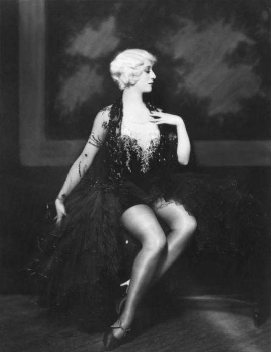 Талантливая актриса и танцовщица, которая была популярна в 1930-х годах.