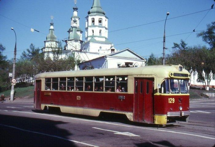 Трамвай в Иркутске в 1985 году.