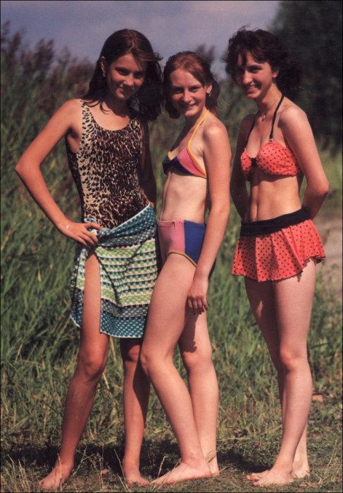 Показывает пизденку фото девушек на природе в купальнике марины огромная