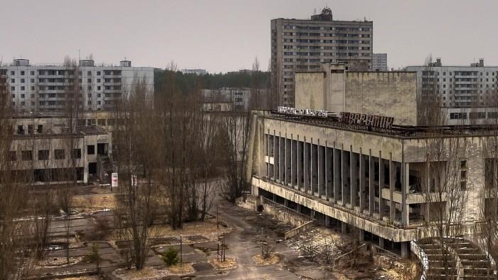 Заброшенный после аварии на Чернобыльской АЭС город Припять. Украина, Киевская область.