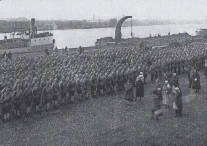 Мобилизация военнообязанных. Петроград, 1923 год.