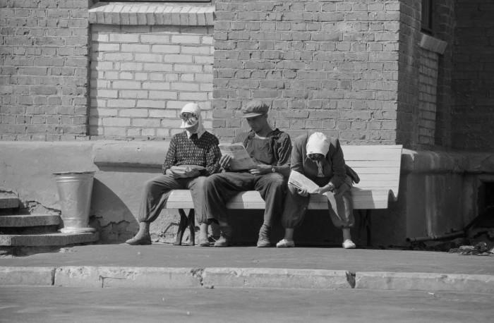 Перерыв во время рабочего дня. СССР, Москва, 1961 год.
