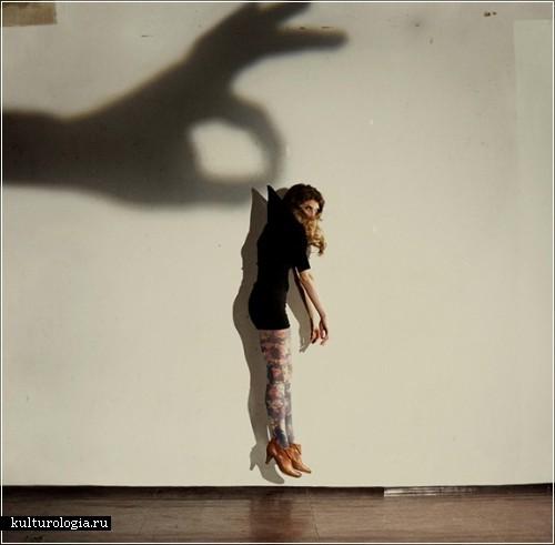 Фотографический проект «Shadow hands» от  Russ и  Reyn
