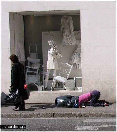 Уличные  инсталляции Марка Дженкинса (Mark Jenkins)