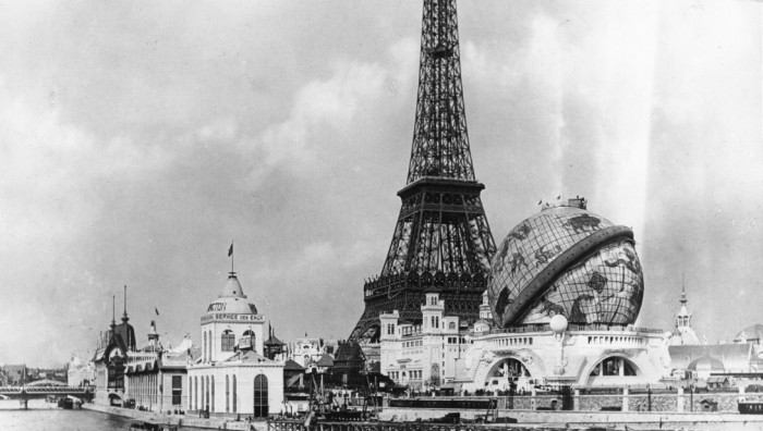 Сооружения Всемирной выставки в Париже, 1900 год. | Фото: edition.cnn.com.