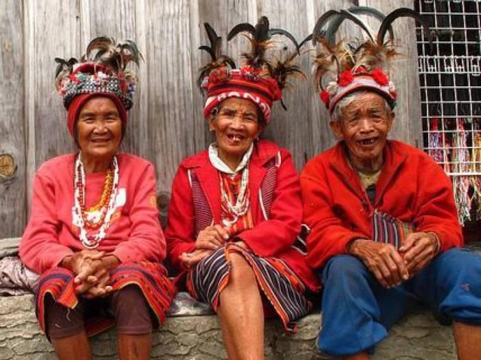Люди народа ибалои. | Фото: allday.com.