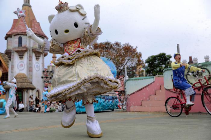 Выступление Hello Kitty.