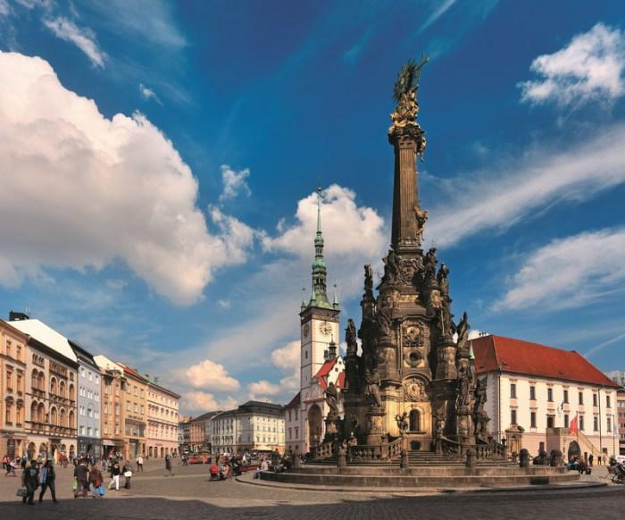 Богато украшенная колонна возведена, чтобы отпраздновать избавление от эпидемии чумы. | Фото: atlasobscura.com.