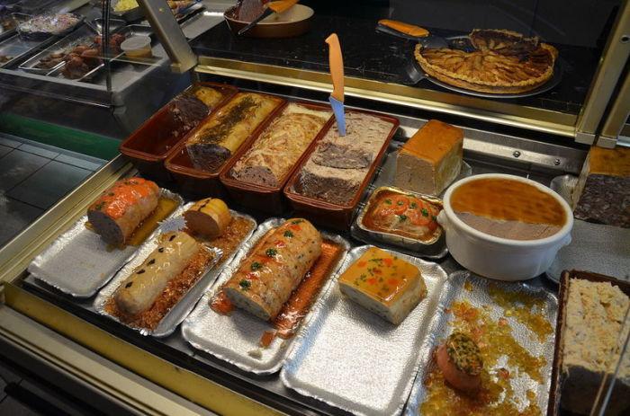 Современные блюда во Франции. | Фото: atlasobscura.com.