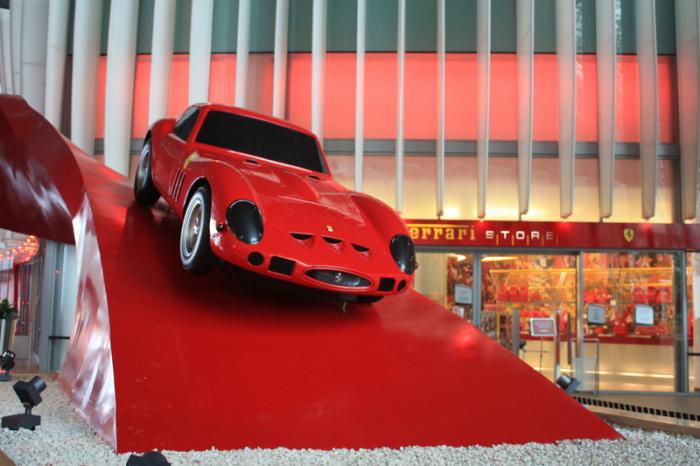 Galleria Ferrari - самая большая коллекция Ferrari за пределами Италии.